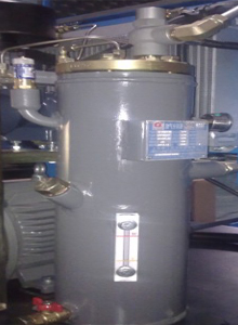 螺杆空压机油气桶为什么会进水?